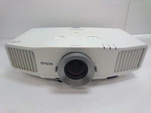 中古プロジェクター EPSON EB-G5600 特価品!